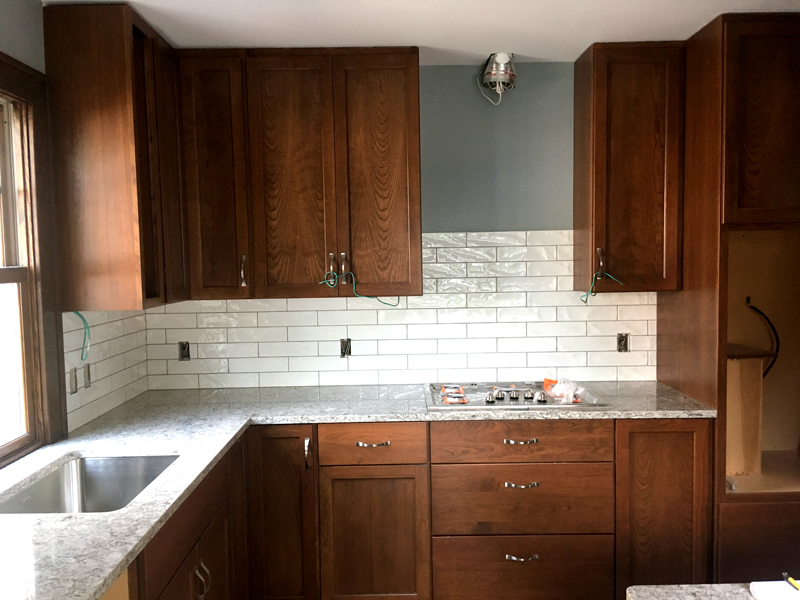 St. Paul Kitchen Remodel | Quartz Countertops & Subway Tile ...