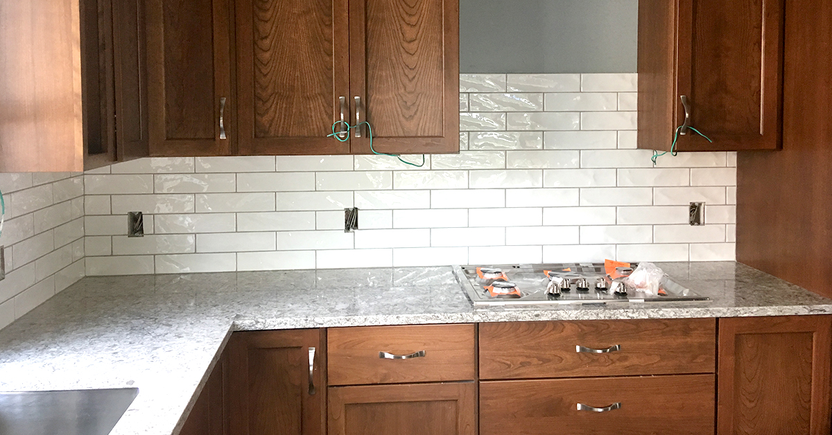 St Paul Kitchen Remodel Quartz Countertops Amp Subway